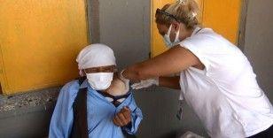Covid-19 ile grip aşısı birlikte yapılabiliyor