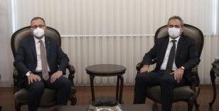 Bakan Özer, Gençlik ve Spor Bakanı Kasapoğlu ile görüştü