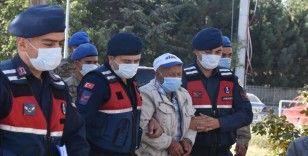 Afyonkarahisar'da 5 öğrencinin yaşamını yitirdiği kazayla ilgili gözaltına alınan servis şoförü adliyeye sevk edildi
