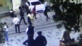 Taksim'de ortalığı karıştıran silahlı kavga, Yolu açın deyince kalçasından vuruldu