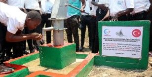 Cansuyu Derneği Burundi'de 20 su kuyusu açtı