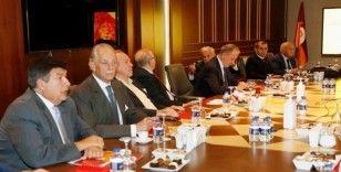 Galatasaray Yüksek İstişare Kurulu ilk kez toplandı