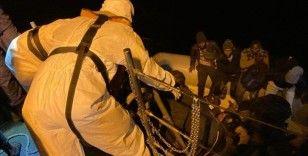 Fethiye açıklarında lastik bottaki 36 düzensiz göçmen kurtarıldı