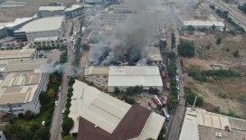 Bursa'da tekstil fabrikasındaki büyük yangın 3 saatin sonunda kontrol altına alındı