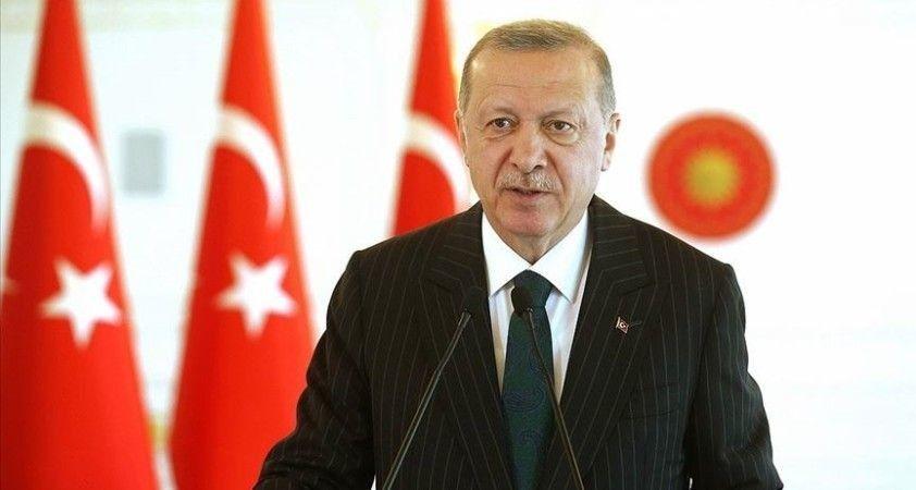 Cumhurbaşkanı Erdoğan: Irkçılık, İslam ve yabancı düşmanlığıyla ayrımcılık Avrupa'daki Türk toplumunun başlıca sorunları