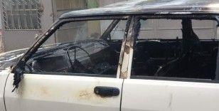 LPG'li araç alev alev yandı, vatandaşlar film izler gibi seyretti