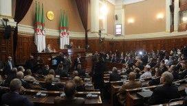 Cezayir'de '17 Ekim 1961 Katliamı'nın 60. yılında Fransa'ya tepkiler yükseldi