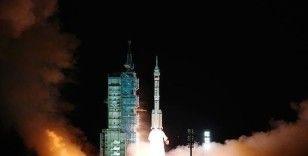 Çin'in Shenzhou-13 mekiği uzay istasyonundaki çekirdek modülüne kenetlendi