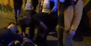 Taksim'de gaz pedalı takılı kalan otomobil iki turiste çarptı
