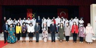 Emine Erdoğan: 'Angola halkının birlik içinde yürüttüğü çalışmaları takdirle izliyoruz'
