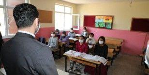 Beşikçi'den kırsal mahalle okullarına ziyaret