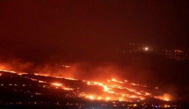 La Palma'daki yanardağda lav çıkışı hızlandı