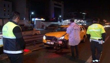 Ticari taksinin çarptığı yaya hayatını kaybetti