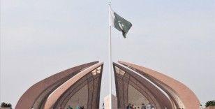 Pakistan'da rupinin dolar karşısındaki değer kaybı, enflasyonu etkiledi