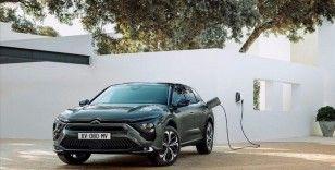 Avrupa'da en çok elektrikli ve hibrit otomobiller satılıyor