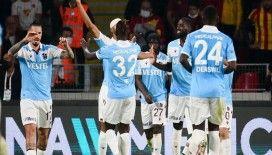 Lider Trabzonspor deplasmanda Göztepe'yi yendi