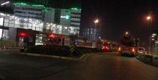 Ümraniye'de 24. katta işçi kurtarma operasyonu